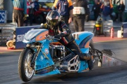 King Racing/Gulf Oil Dragracing into the Fives!